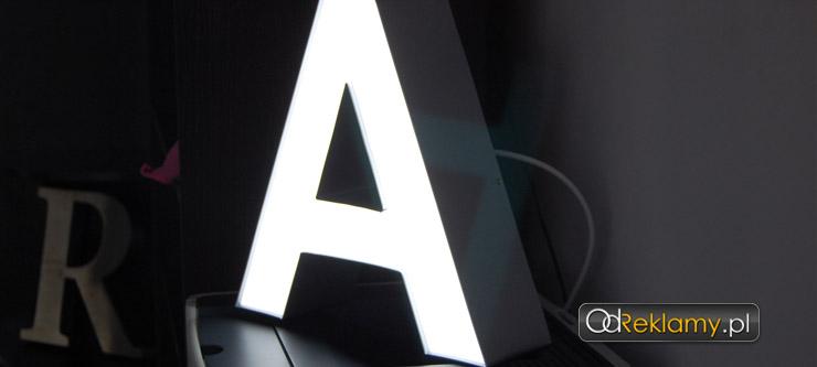 Litera LED blokowa