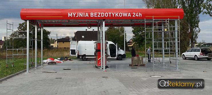 Daszek, zabudowa stacji benzonowych i myjni, otoka