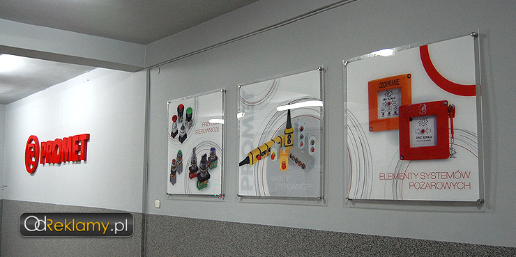 zestaw szyldów z nadrukiem w pełnym kolorze