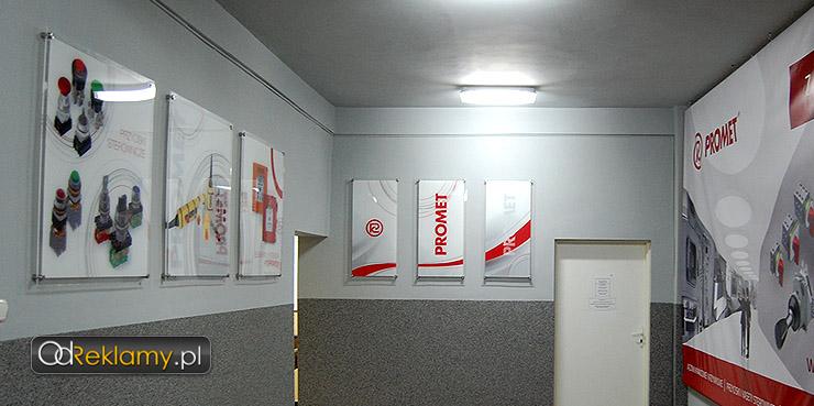 Oznakowanie firmy w środku